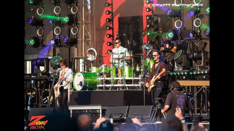 106.7 Z-Rock at Aftershock Festvial 2019 Friday October 11th 2019 at Discovery Park in Sacramento California, Halestorm performs