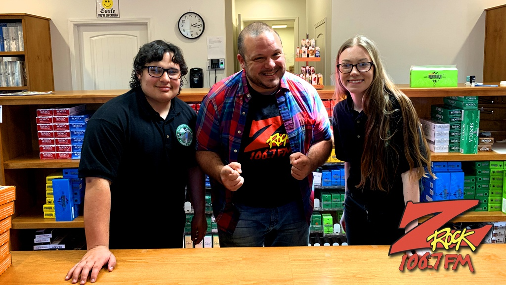 Boris with winners at Feather Falls Smoke Shop in Oroville for the Z-Rock Munch Box on 106.7 Z-Rock