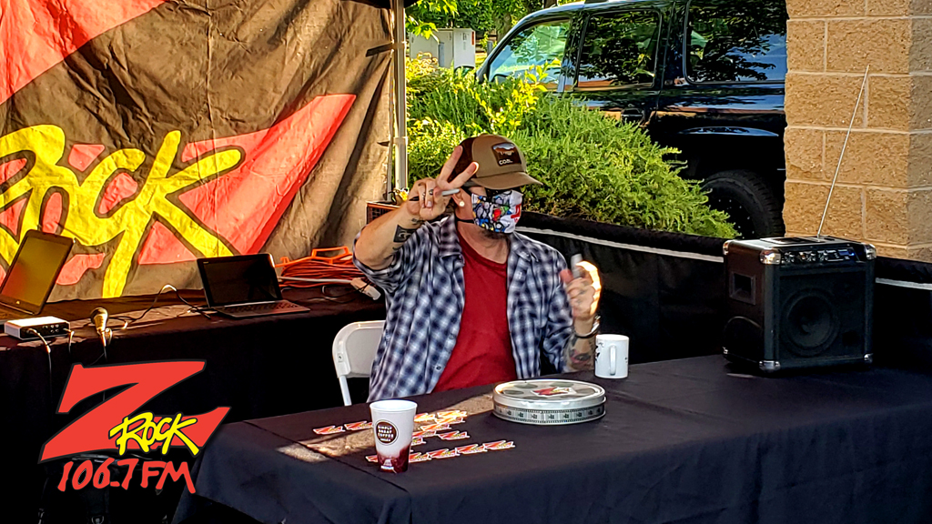 Tim Buc Moore kicking things off at PV Circle K Chevron in Chico California for Wake the Buc Up on 106.7 Z-Rock
