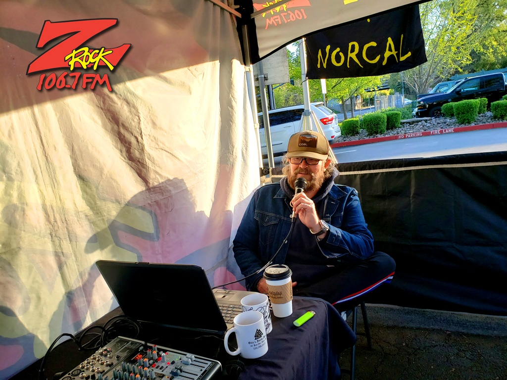 Tim Buc Moore broadcasts live for Wake the Buc Up at Beatniks in Chico California April 1st 2021 on 106.7 Z-Rock