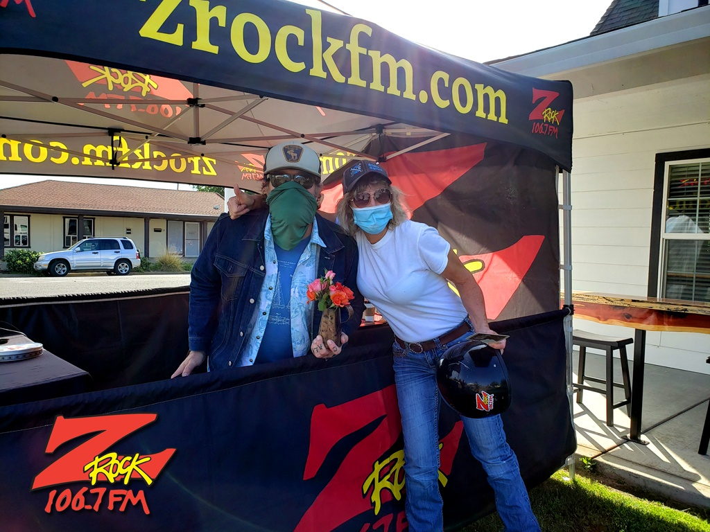 Tim Buc Moore with a loyal Buc-Head at SIP Coffee House in Red Bluff CA for Wake the Buc Up on 106.7 Z-Rock April 22nd 2021
