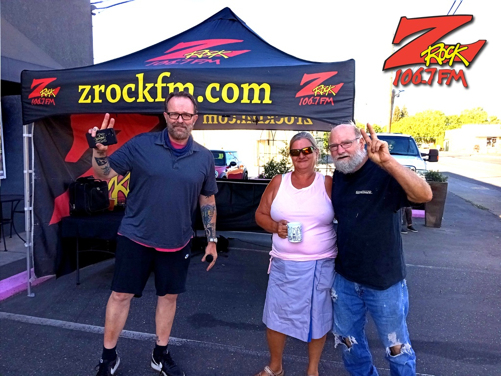 Tim Buc Moore with loyal Buc-Heads at Lovely Layers Cakery in Chico CA for Wake the Buc Up on 106.7 Z-Rock June 3rd 2021